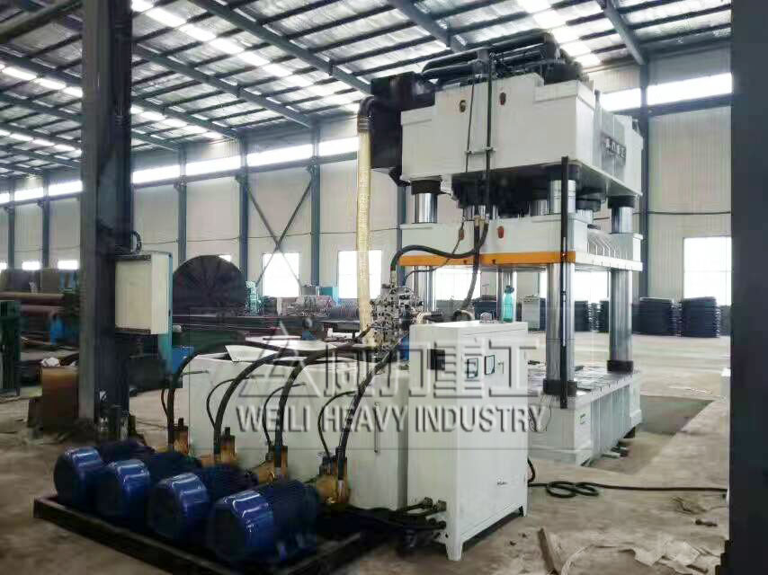 2000吨四柱油压机/压力机