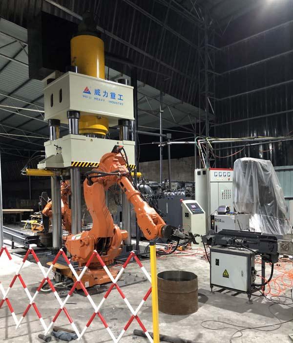 1000吨四柱式热锻液压机