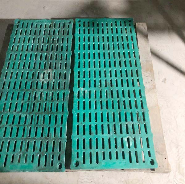 复合漏粪板产品